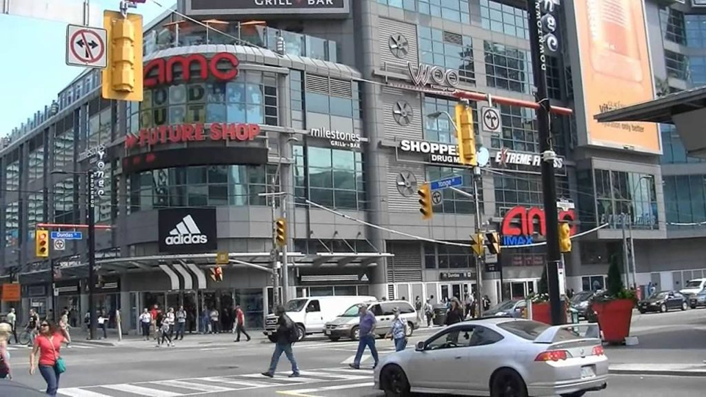 Downtown car rental Toronto